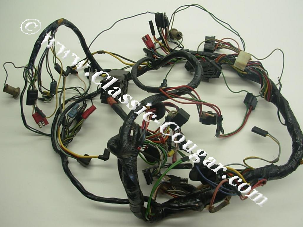 C7WB 14401 XR7_1 under dash wiring harness xr7 grade a used ~ 1967 mercury 67 cougar wiring harness at panicattacktreatment.co